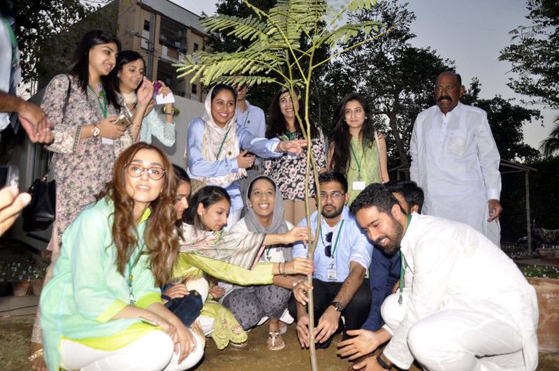 The-Tree-Club-Members-planting-Gul-Mohar